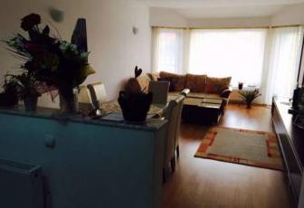 Apartament cu 3 camere de vânzare în zona Andrei Muresanu