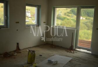 Casa 8 camere de vanzare in Floresti, Floresti