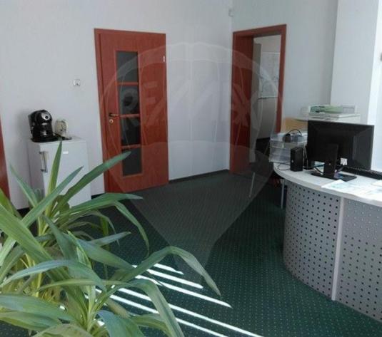 Spațiu de birouri de 70mp de închiriat în zona Dambul Rotund