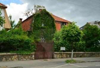 Casa / Vila cu teren generos in Andrei Muresanu . COMISION 0 %  !!!