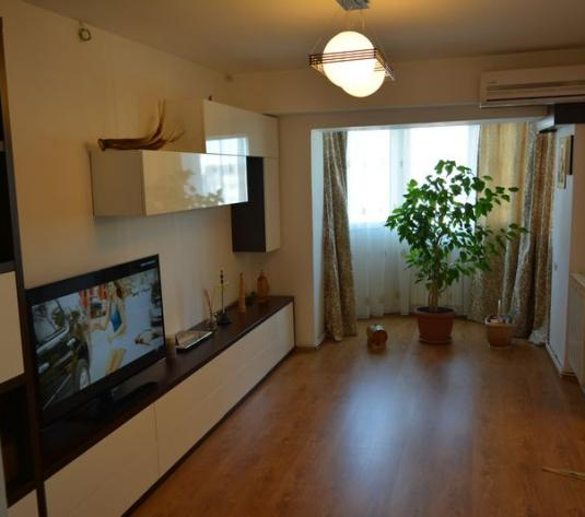 Apartament 4 camere de vanzare in Cluj, zona Marasti, 180000 eur