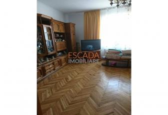 Vanzare apartament 130 mp, 5 camere, zona Gruia!