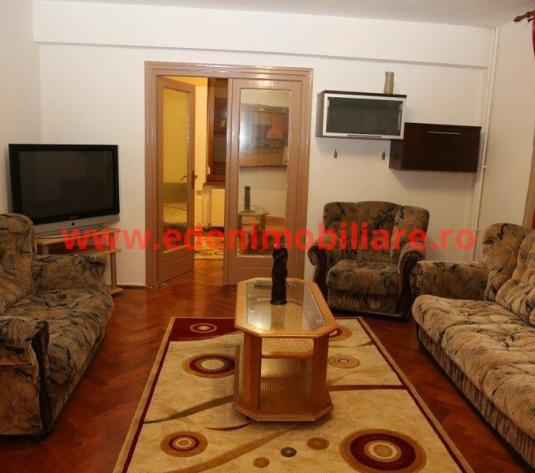 Apartament 4 camere de vanzare in Cluj, zona Centru, 138000 eur