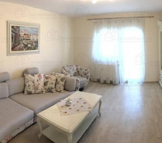 Apartament cu 3 camere lux zona Semicentrala