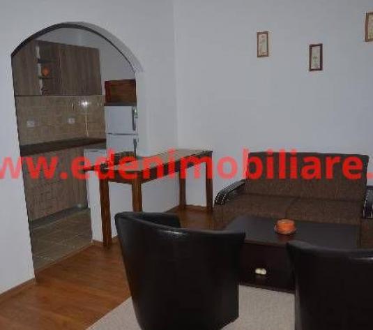 Apartament 2 camere de inchiriat in Cluj, zona Centru, 500 eur
