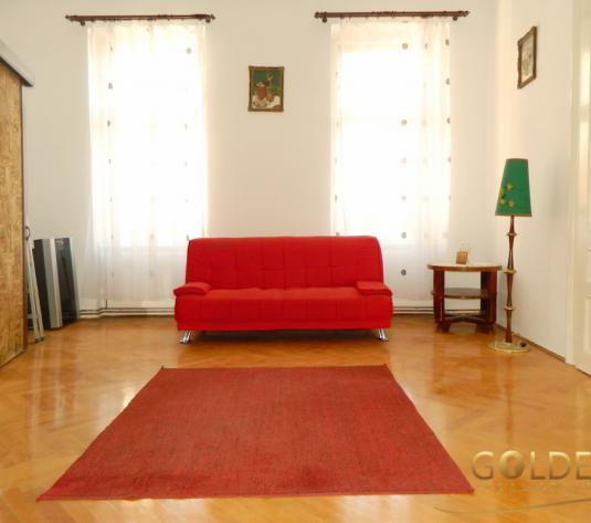Inchiriez apartament superb cu 3 camere la casa, Ultracentral, 106 mp utili (ID: 1083)