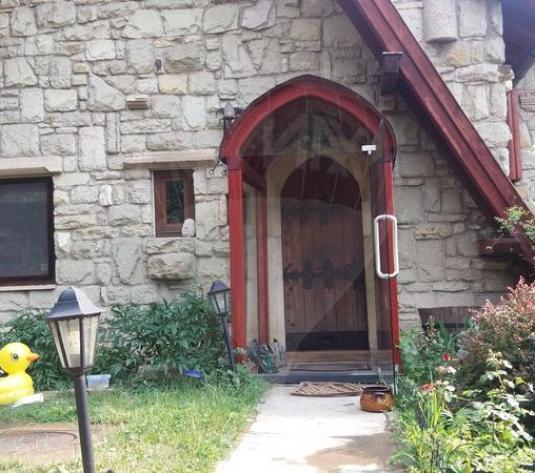 Casă / Vilă cu 4 camere de închiriat în zona Gruia