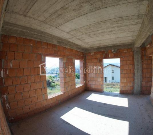 Casa duplex, 5 camere, 160mp utili, 200mp teren, cartier Iris, zona SINTEROM!
