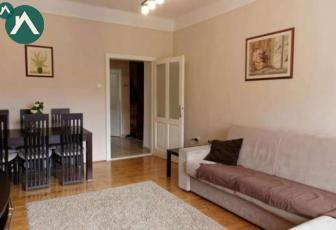Vand apartament 75m in casa comuna, zona semicentral, Ec Varga 6