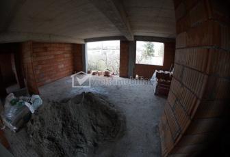 Penthouse 5 camere in Andrei Muresanu