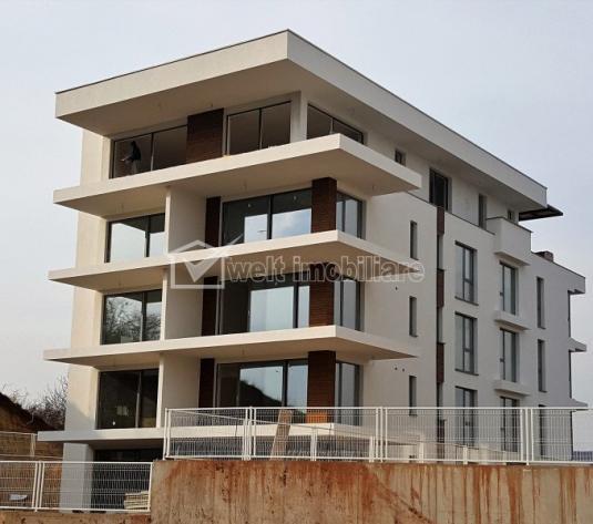 Penthouse de vanzare in Gruia, panorama deosebita, 4 camere, terasa, 98 mp
