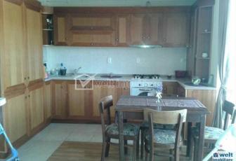 Vanzare apartament cu 3 camere in zona Calea Baciului