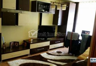 Vanzare apartament 3 camere, decomandat, predare la cheie, zona stadion CFR