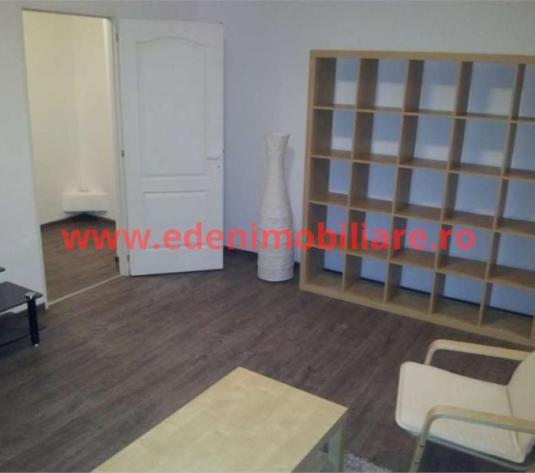 Apartament 2 camere de inchiriat in Cluj, zona Centru, 420 eur