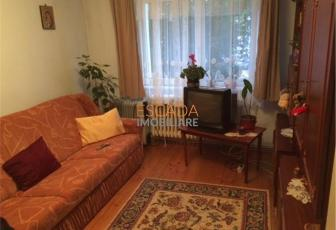 Vanzare apartament 3 camere, 64 mp, zona Iulius Mall!