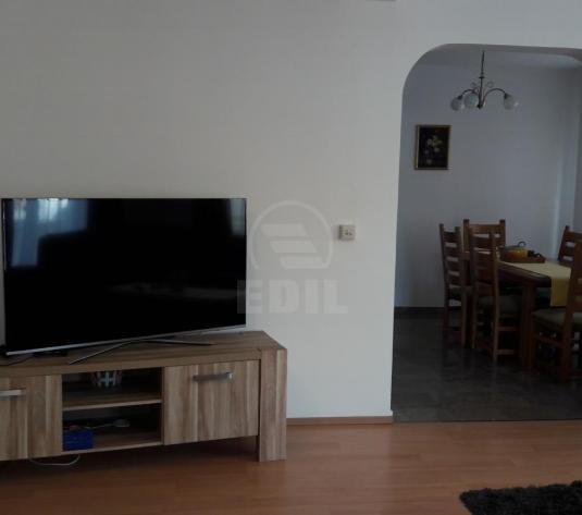 Case de închiriat 7 camere Cluj-Napoca, Gruia