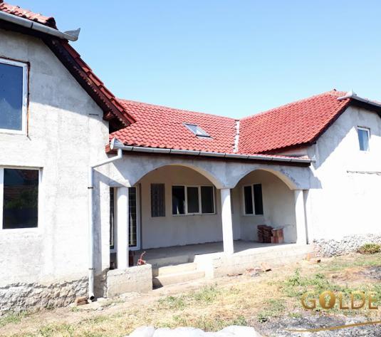 Vand casa P+M, in Curtici, suprafata teren 1200 mp (ID: 1097)
