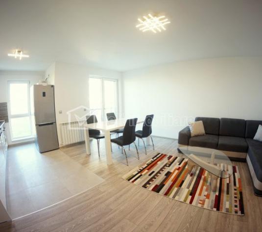 Inchiriere Apartament de lux cu 3 camere si garaj, Andrei Muresanu Sud
