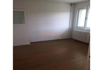 Vanzare apartament 2 camere, 44 mp, zona strazii Albac!
