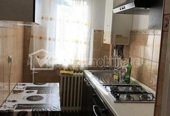 Inchiriere apartament cu 3 camere in Grigorescu, zona Fantanele