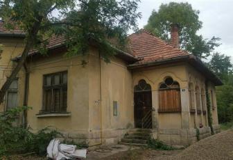 Exclusivitate Casa interbelica cu 1034 mp teren, str D Bolintineanu
