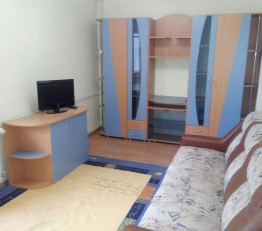 """Chirie garsoniera, vis-a-vis de Campusul Universitar """"Vasile Goldiș"""""""
