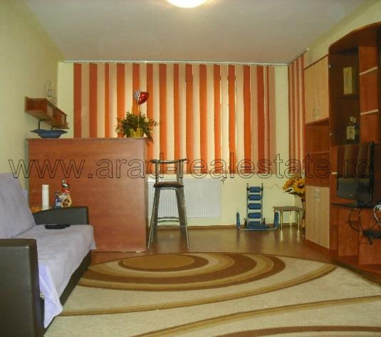 Inchiriez apartament 2 camere zona Micalaca