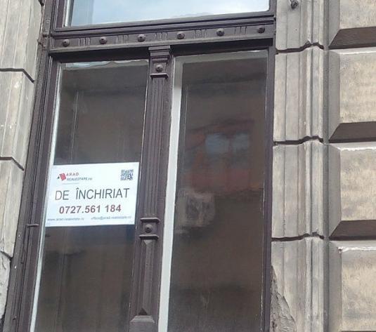 Chirie apartament la casă, pentru birouri, Central – zona Primărie