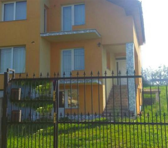 Casa/vila de vanzare in Cluj, zona Iris, 215000 eur