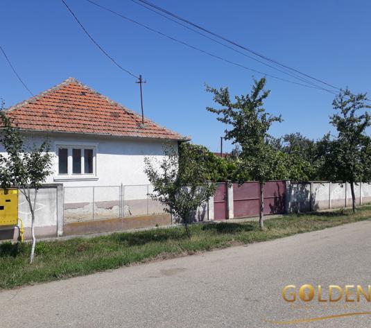 Vand casa in Vladimirescu, suprafata teren 900 mp (ID: 1113)