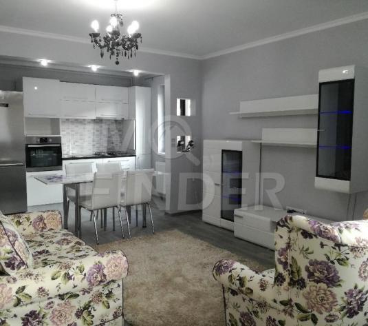 Inchiriere apartament ultrafinisat 3 camere Buna Ziua, cu gradina