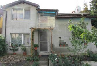 Casa individuala zona campului