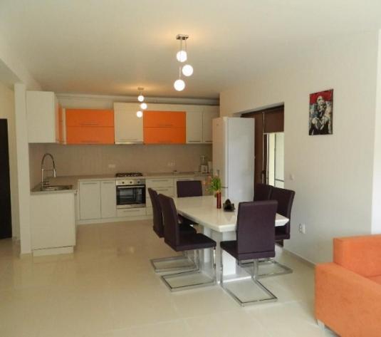 Apartament 3 camere, 100 mp , de închiriat - Europa, Cluj-Napoca