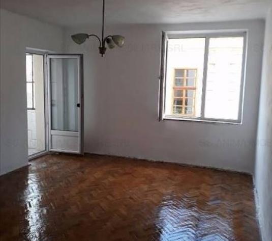Apartament cu 2 camere in zona strazii Eroilor