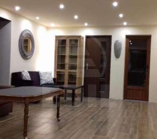 Apartamente de închiriat 3 camere Cluj-Napoca, Andrei Muresanu