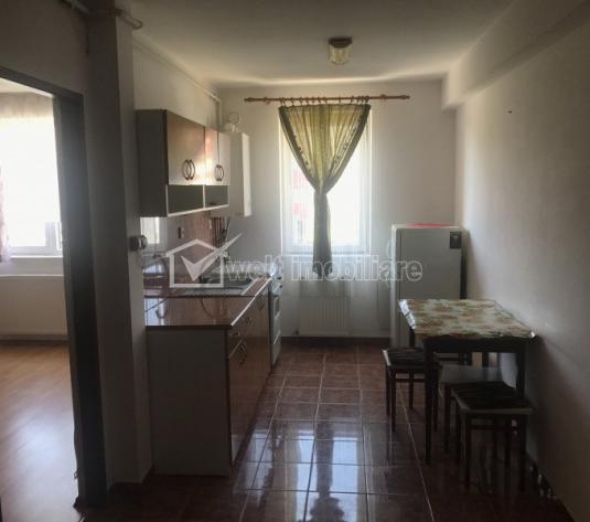 Vanzare apartament 2 camere, decomandat, situat in Floresti, zona Florilor