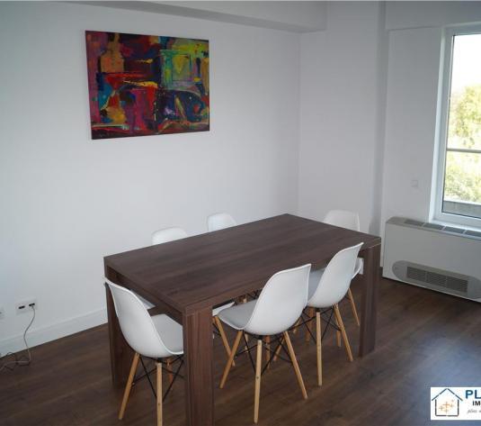 Apartament 2 camere, Plopilor, etaj intermediar cu parcare inclusa