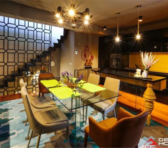 Penthouse de lux in zona Centrala, finisaje, mobilier si decoratiuni de revista