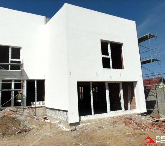 Duplex Gruia, 120 mp util, 250 mp teren, semifinisat, pret oportun