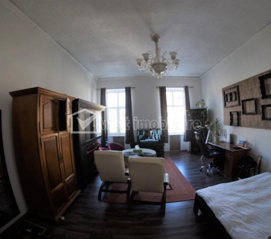 Apartament de vanzare, 2 camere, cu priveliste spre Bulevardul Eroilor !