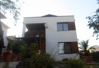 Casa cu 3 camere cart. Andrei Muresanu