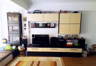 Inchiriere apartament cu 4 camere, 121mp, Floresti, zona Teilor