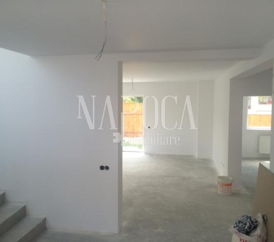 Casa 8 camere de vanzare in Andrei Muresanu, Cluj Napoca