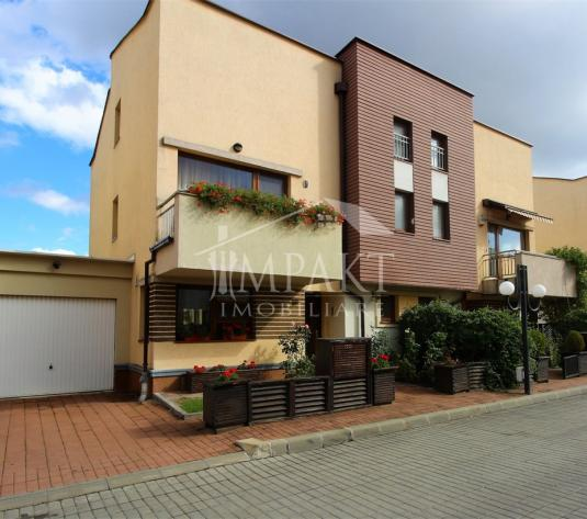 Casa de vanzare 5 camere  in Cluj Napoca - cartierul Buna Ziua