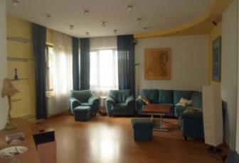 Apartament 4 camere cart. Andrei Muresanu
