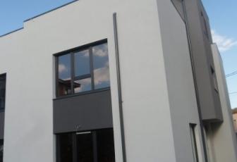 Duplex cu 5 camere cart. Intre Lacuri