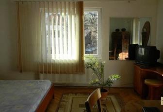 Inchiriere Apartament in casa 2 camere,Schei, Brasov