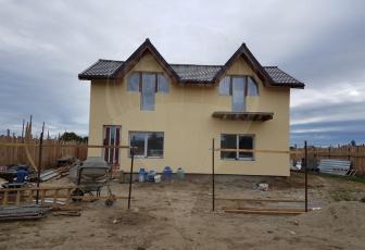 Casa/Vila de lemn cu 3 camere de vanzare in Brasov/Stupini
