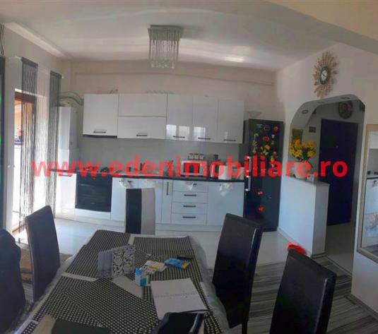 Apartament 4 camere de vanzare in Cluj, zona Manastur, 109000 eur