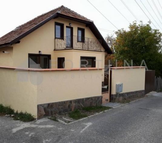 Detalii Sacele Casa  5 camere renovata renovata 2017